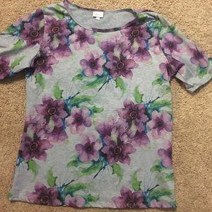 LulaRoe Watercolor Gigi T-shirt.